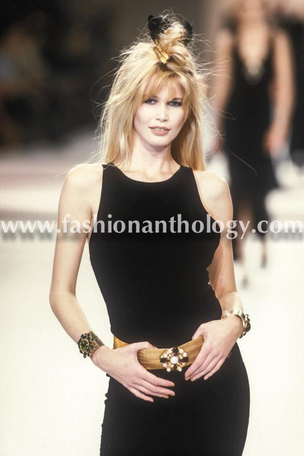 Claudia Schiffer, Chanel WF, 1996.