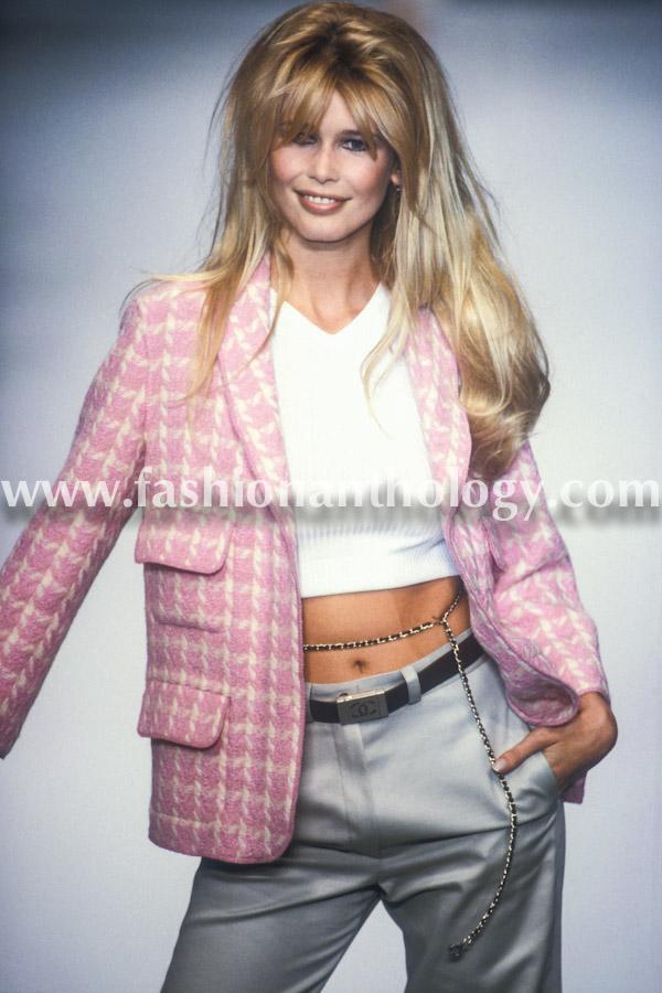 Claudia Schiffer, Chanel WS, 1996.