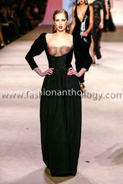 Yves Saint Laurent Haute Couture 2002 summer