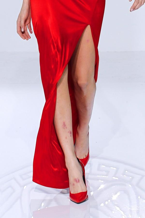Pixelformula Versace Womenswear Winter 2013 - 2014 Milano